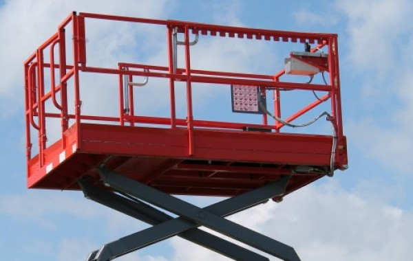 Scissor Lift Expert Witness that is Highly Trained